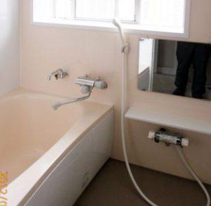 タイル貼りのお風呂をFRP浴槽にリフォーム